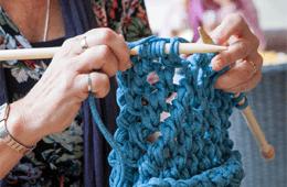 Tarn Knitting & Crocheting