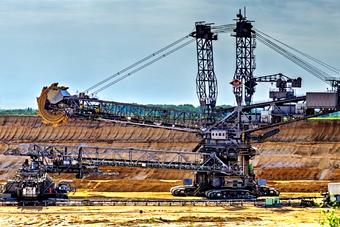 Mining & Engineering