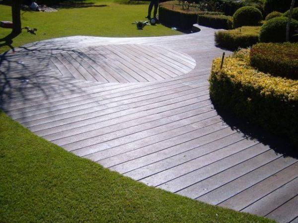 Green Plastic Outdoor Designs & Decking